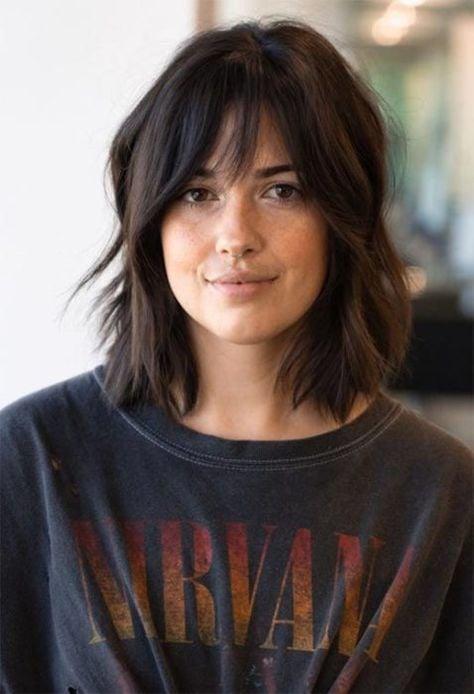 cortes de cabello mido y ondulado sobre hombro ;14 Ideas para cortar tu cabello estilo midi que te encantarán