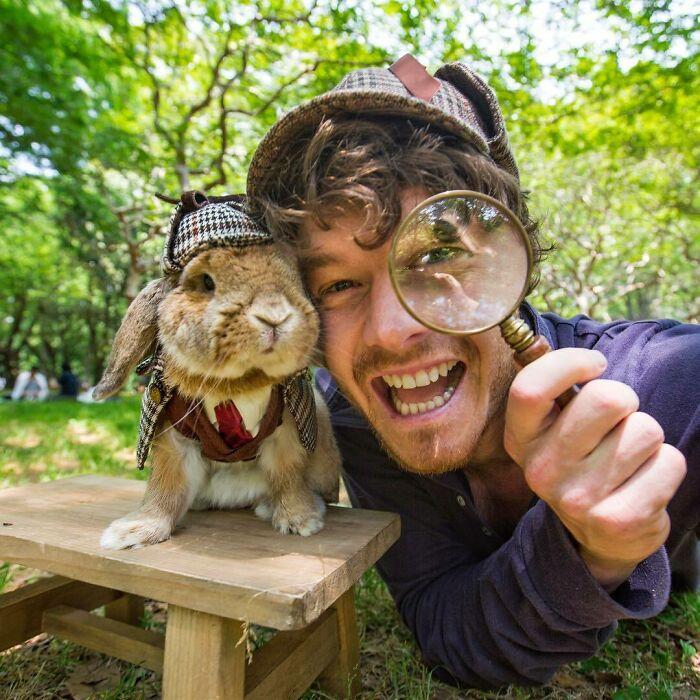Conejo ;Allan Dixon; hombre se hace amigo de cualquier animal que encuentra en su camino