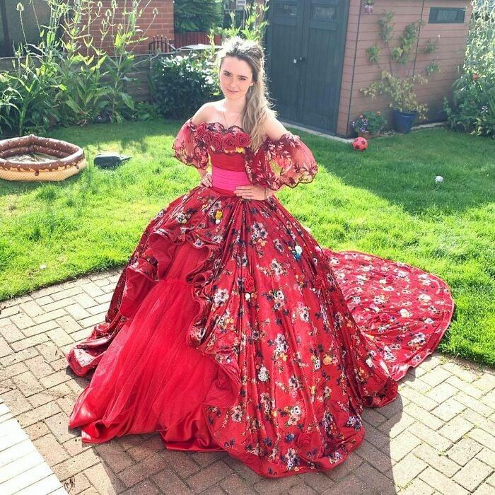 Elena de Avalor; Vestidos inspirados en Barbie y Princesas Disney