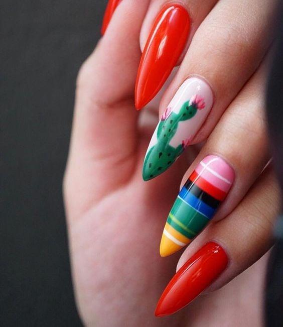 Uñas rojas con nopales y líneas ;20 Ideas para darle a tus uñas un estilo mexicano y lleno de color