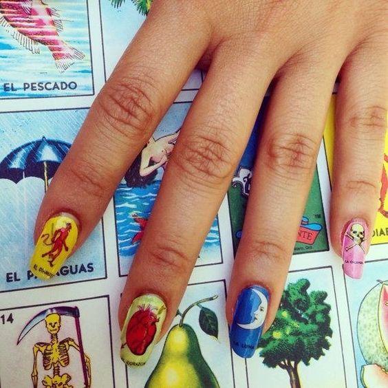 Uñas con lotería mexicana ;20 Ideas para darle a tus uñas un estilo mexicano y lleno de color