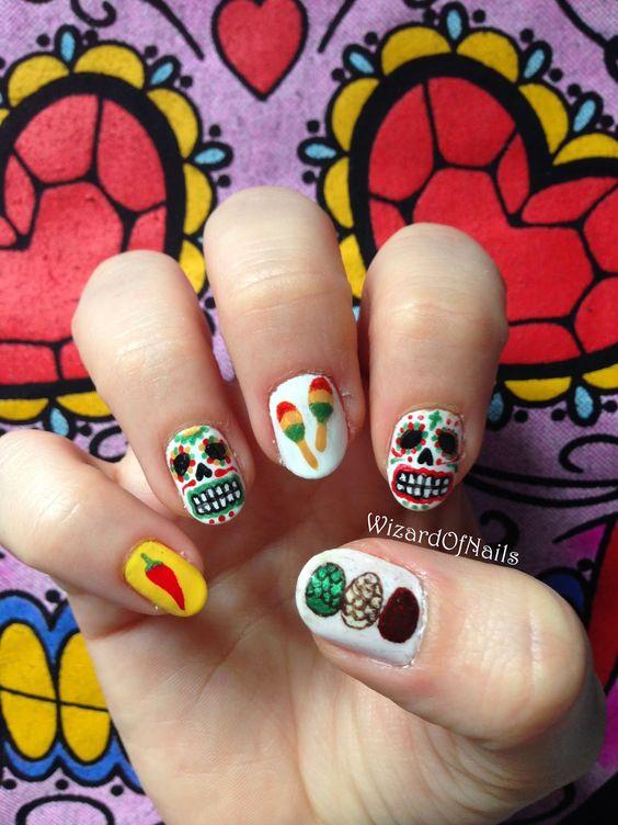 Uñas con calaveritas y maracas ;20 Ideas para darle a tus uñas un estilo mexicano y lleno de color