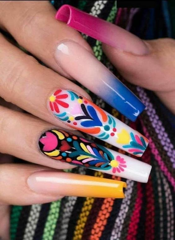 Uñas con diseños mexicanos ;20 Ideas para darle a tus uñas un estilo mexicano y lleno de color