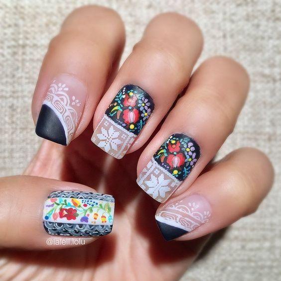 Uñas con diseño de tapetes ;20 Ideas para darle a tus uñas un estilo mexicano y lleno de color
