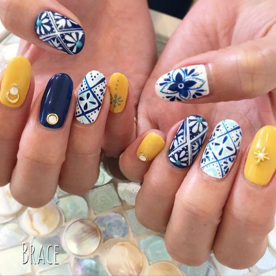 uñas de talabartería ;20 Ideas para darle a tus uñas un estilo mexicano y lleno de color