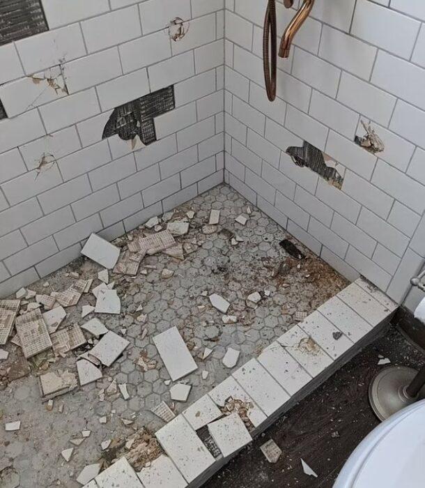 Baño destruido