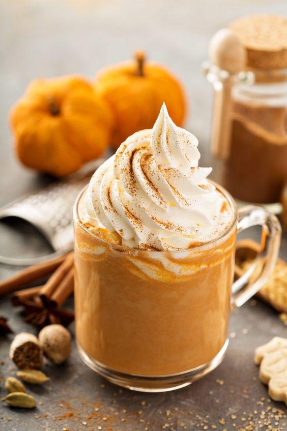 café con leche y calabaza; Pumpkin Spice Latte la receta del café con leche y calabaza que triunfa en Starbucks