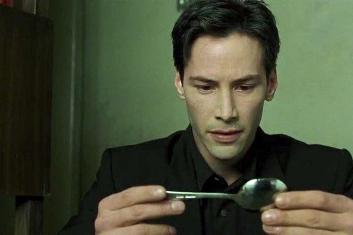 Keanu Reeves como Neo ;13 Actores que encajaron perfecto con un papel y otros que no tanto
