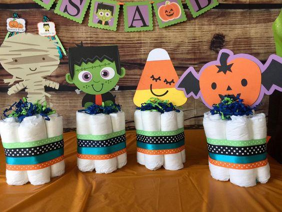 decoración con pañales ;18 Ideas para celebrar tu baby shower en Halloween