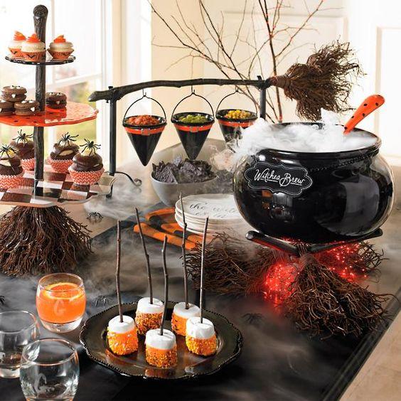 Mesa de dulces ;18 Ideas para celebrar tu baby shower en Halloween