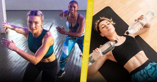 Chicas haciendo ejercicio con outfit Reebok